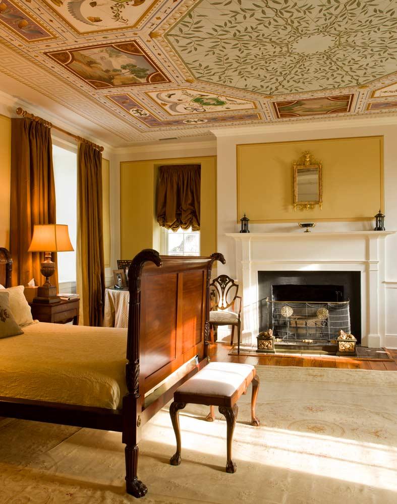 【主臥】19世紀桃花心木床、Aubusson古董地毯
