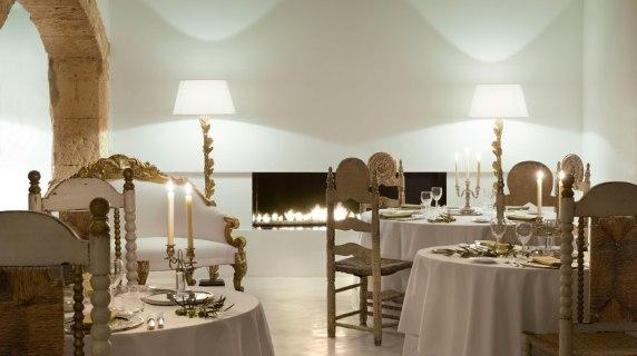 餐廳、路易十三椅子