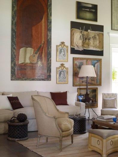 【客廳】十八世紀比利時繪有樂器的木質嵌板