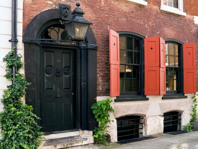 佛格特街(Folgate Street)18號的丹尼斯‧賽佛斯之家(Dennis Severs' House)