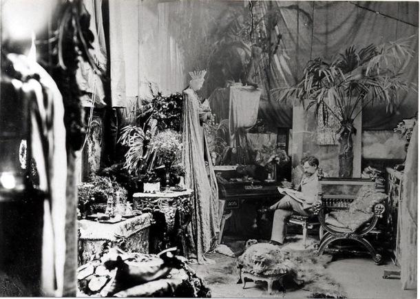 慕夏的工作室