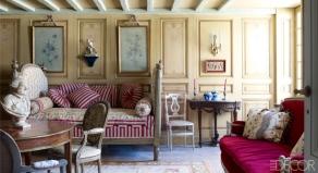 【早餐室】路易十六紀念章式椅、十八世紀沙發床、Georges Jacob沙發椅