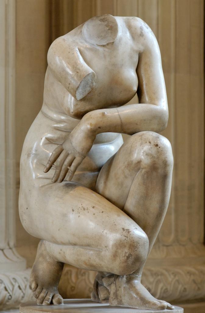 《蹲下的阿芙洛狄特》(Crouching Aphrodite)