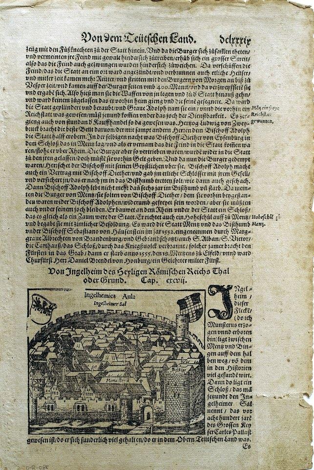 本幅作品為十五世紀末或十六世紀初出版的書籍散頁,結合了活字印刷與木刻插圖,記述德國各地人文風光,木刻插圖則是德國萊茵河中游的小城茵格海姆(Ingelheim)。該書有拉丁文與德文版,從所附照片可以看出,拉丁文版應先出版,或先使用該木刻插圖,德文版中的插圖可以清楚見到木刻線條磨損與斷裂的情況,整體畫面的細節低於拉丁文版插圖。