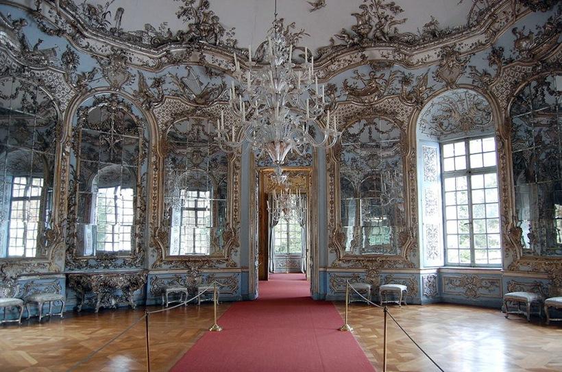 德國慕尼黑阿瑪利亞堡(Amalienburg, Munich, Germany)鏡廳。圖片出處。
