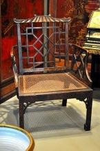 英國中國風扶手椅,約1750年代,收藏於巴黎裝飾藝術美術館(Musée des Arts Décoratifs)。