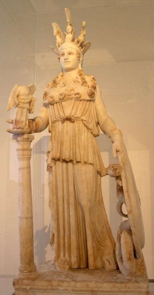 帕德嫩神殿雅典娜像,羅馬複製品,收藏於希臘雅典國家考古博物館。
