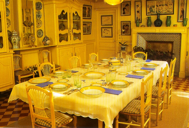 Monets-dining-room