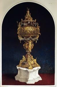 內頁5. gold enamelled and jewelled vase 搪瓷寶石金瓶。