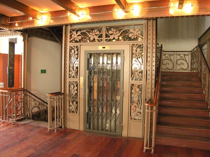沃奎茲倉庫室內電梯