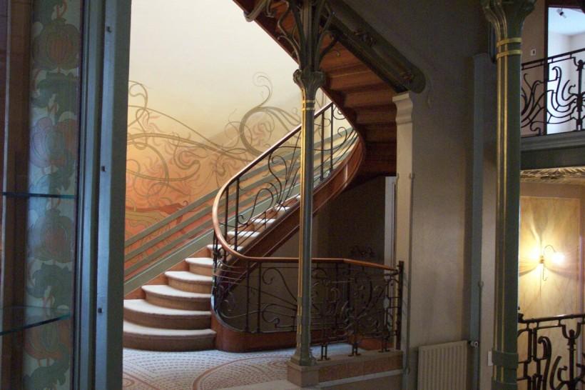 塔塞爾公館樓梯間