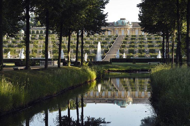 無憂宮下方的法式庭園。